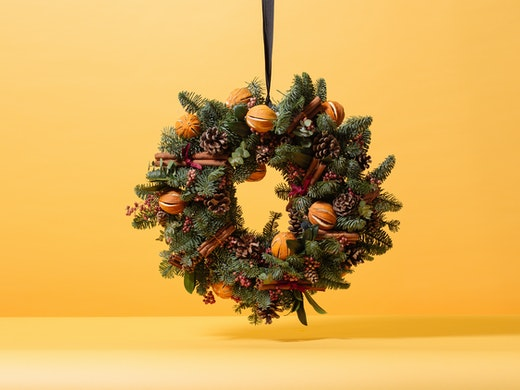 Floom Yellow Wreath 1