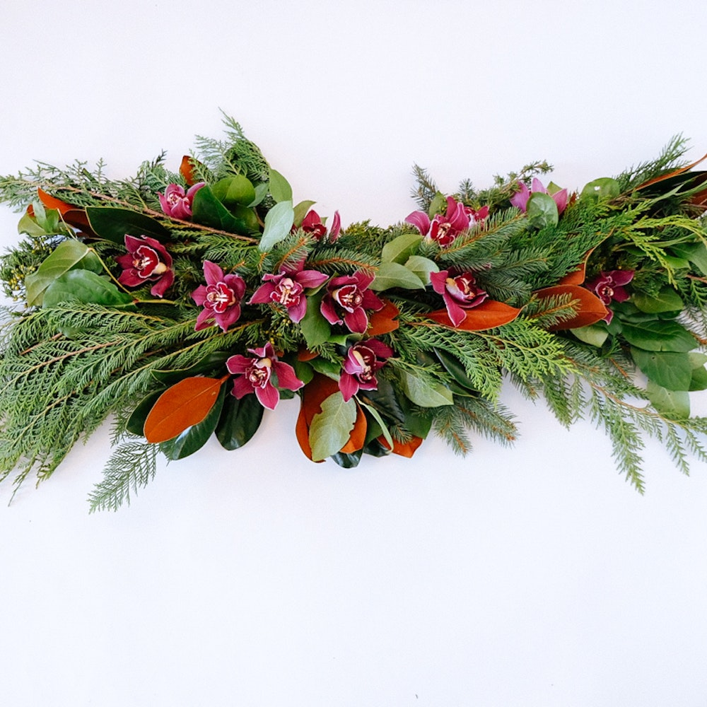 Big Apple Garland