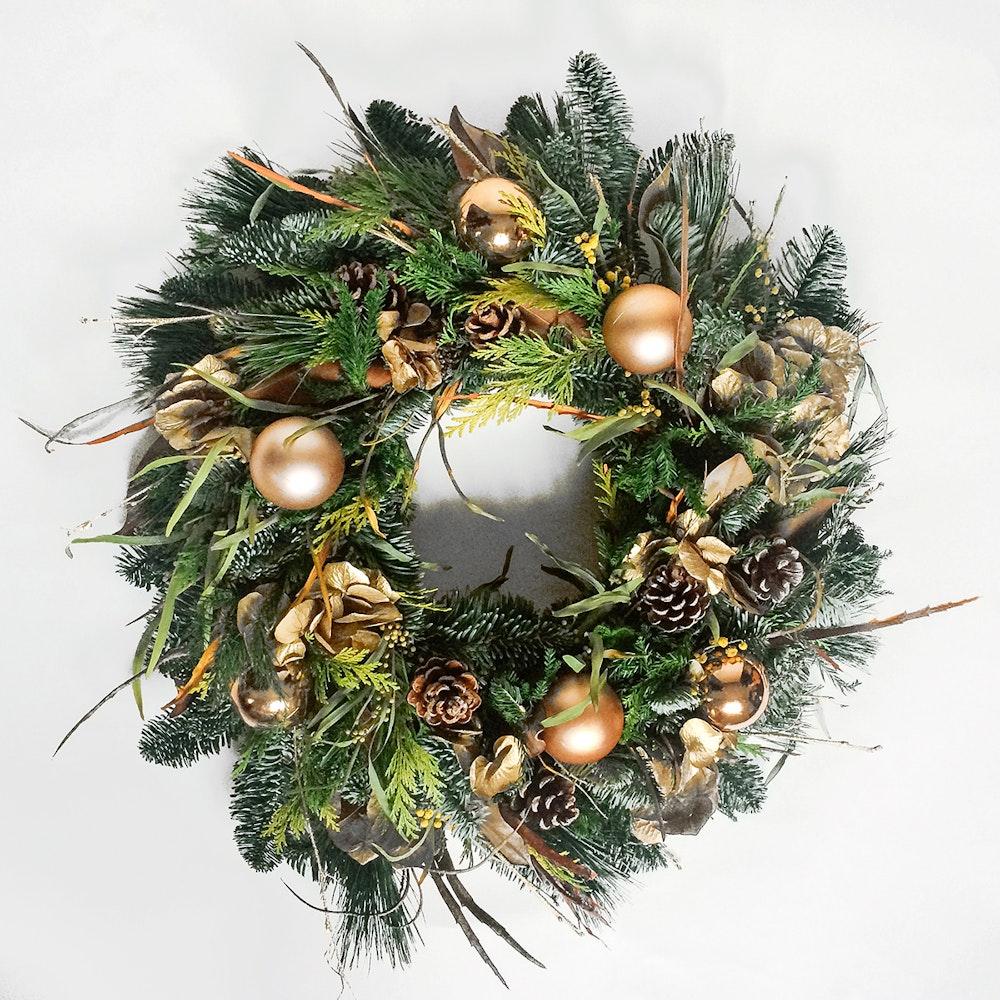 Christmas wreath gold