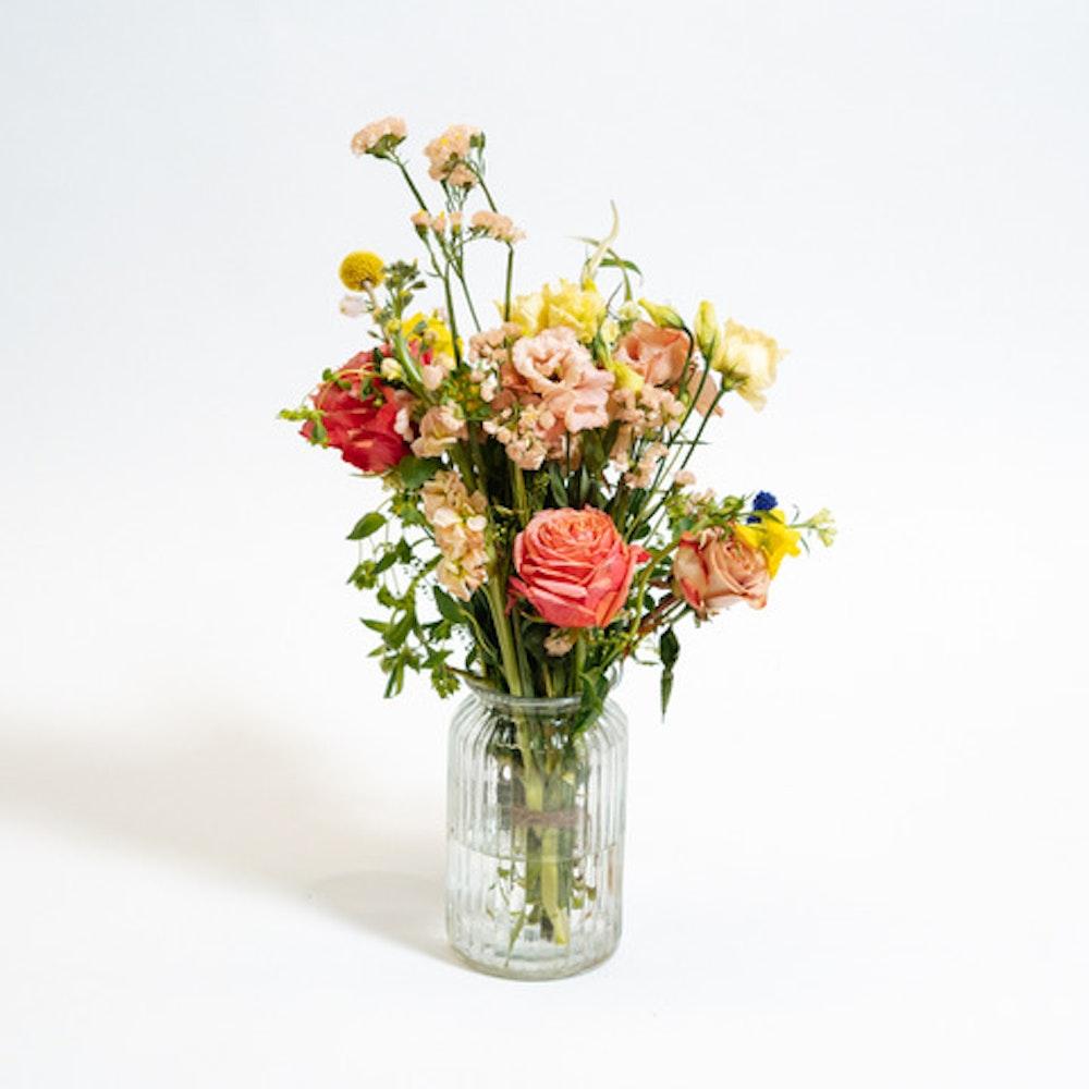 Esther bunch in Vase