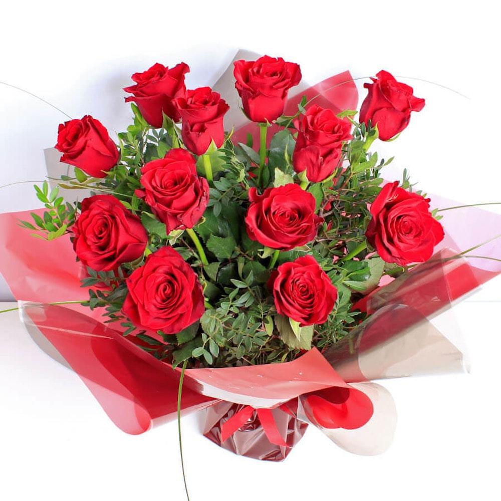Luxury 12 Red Rose