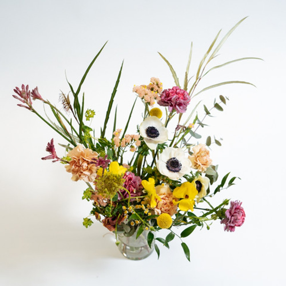 Spring bunch in vase