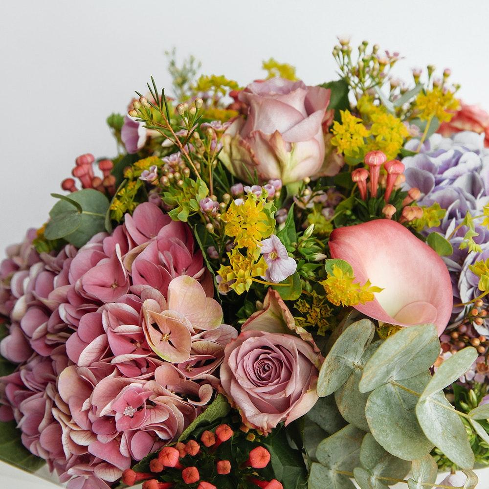Battersea Florists Same Day Flower Delivery Floom